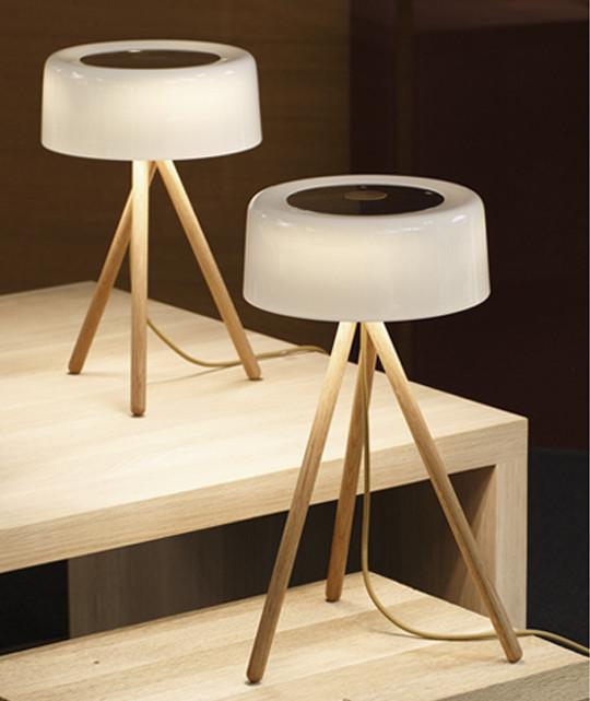 my table 44 tischleuchte von tobias grau bei leuchtenleuchten kaufen. Black Bedroom Furniture Sets. Home Design Ideas